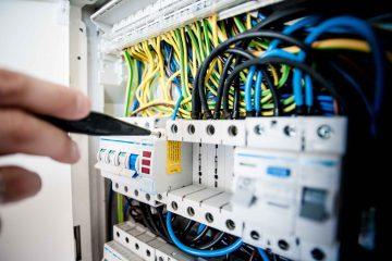 Als Elektromonteur - Servicemonteur in der Schweiz arbeiten / Elektro - Servicemonteur Job / Jobs Schweiz Österreich Deutschland