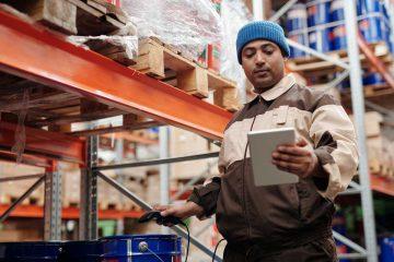 Als Produtkionsarbeiter in der Schweiz arbeiten / Produktionsarbeiter Job / Jobs Schweiz Österreich Deutschland