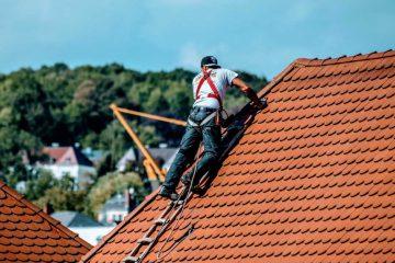 Als Dachdecker in der Schweiz arbeiten / Dachdecker Job / Jobs Schweiz Österreich Deutschland